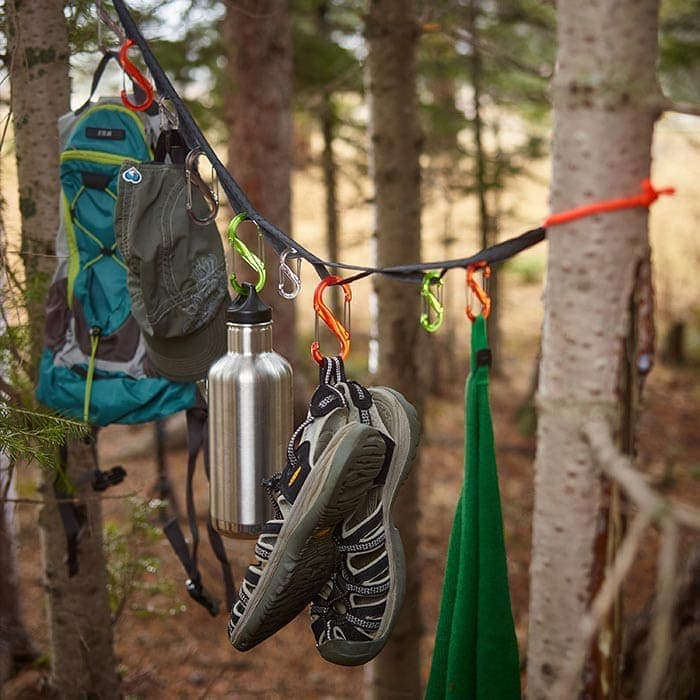 Camping gears attached to a gearline