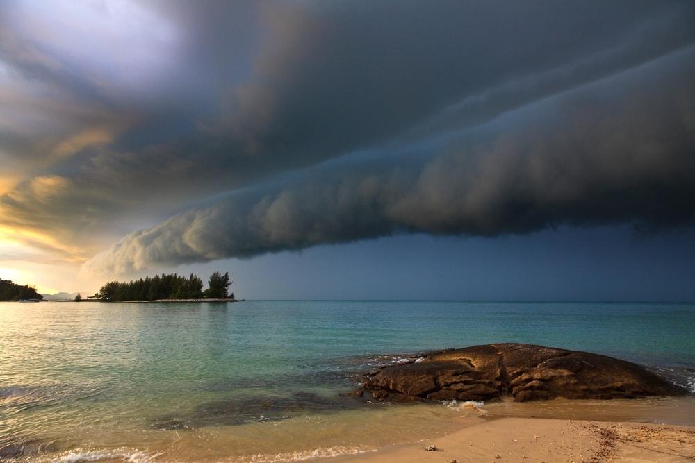 Roll cloud approaching a beach
