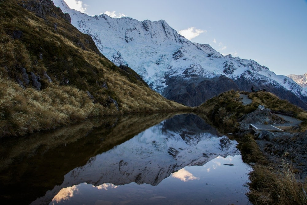 Sealy Tarns hike trail route in Mount Cook