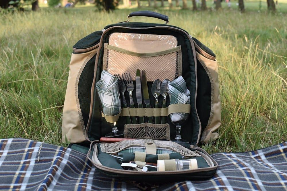 Camping cutlery set