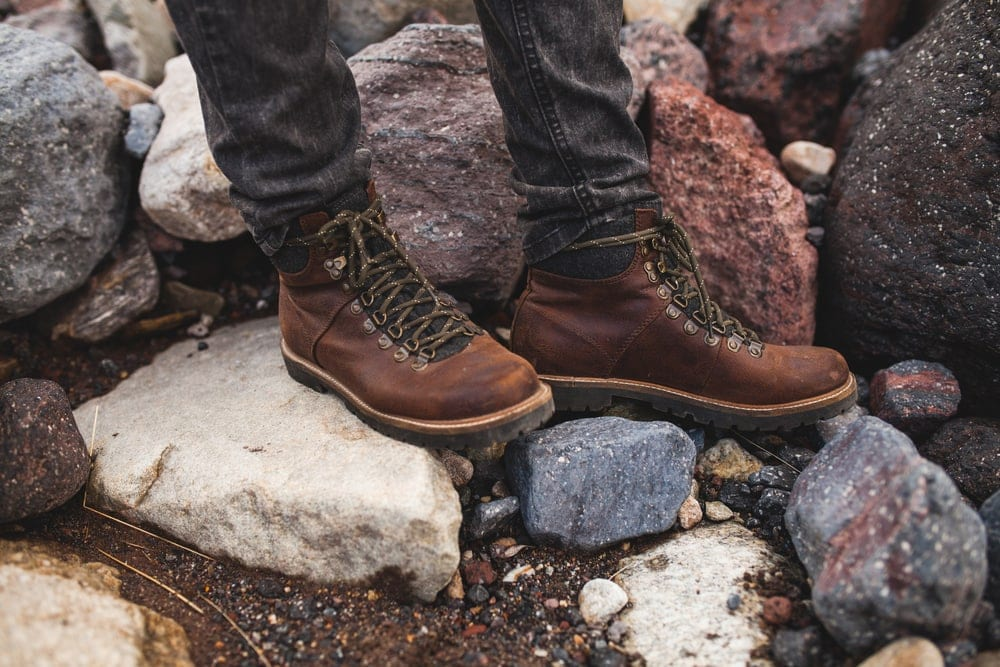 Hiker wearing a hiking boots that fits properly