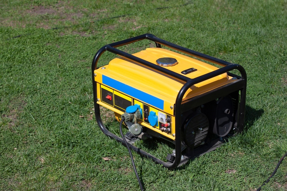 Generator grounded on the grass