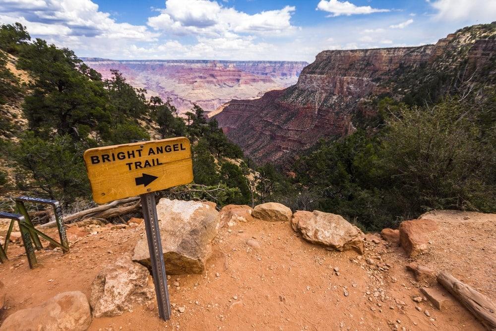 Horizontal trailhead sign to bright angel trail
